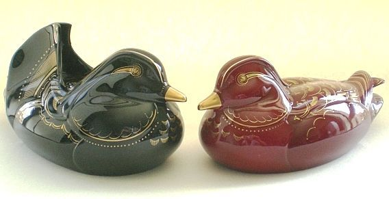 Noritake fine bone china Duck figurine pair with real gold, artist signed!