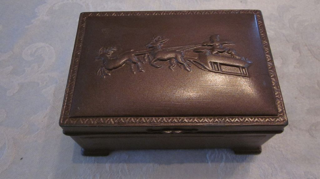 Metal Trinket Box with Santa and his Sleigh