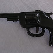 1938 Wyandotte Black Stamped Steel Revolver