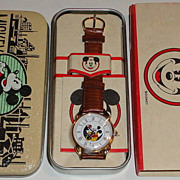 1992 Fossil &quot;Mickey and Minnie Mouse&quot; Animated Dial &quot;The Disney Store&quot; Wat