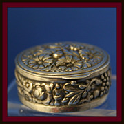 Pill or trinket box in solid sterling silver with gold wash interior