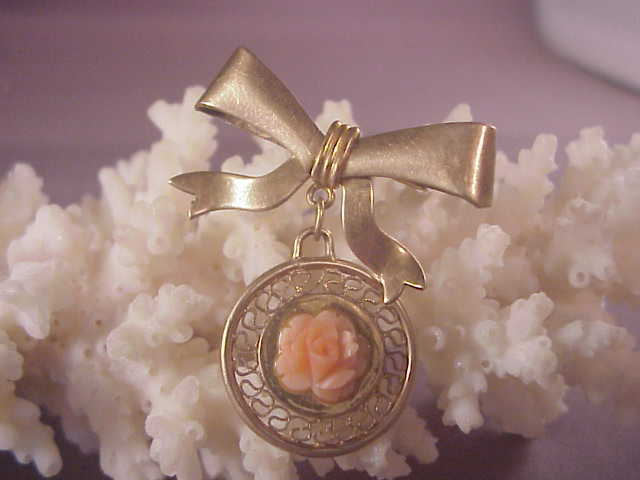 Vintage gf coral pin bow from albie on ruby lane for Naugatuck glass company