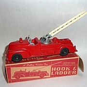 Vintage Hubley Hook & Ladder Die Cast Red Fire Engine MIB