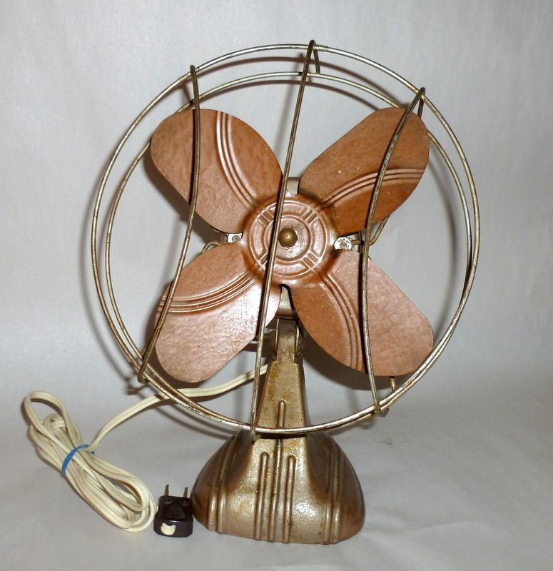 Vintage 1920 Small Art Deco Electric Fan - Works Very Well!