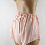 Vintage 40s 50s Peachy Pink Tap Panties - Dead Stock W 20-34