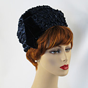 Vintage 1960s Hat Navy Blue Wide Weave Straw Stacked Cloche NOS Sz 22