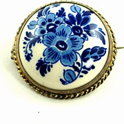Dutch Delft Hand Painted Blue and White Silver Brooch