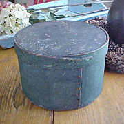 Large Antique Finger Lap Pantry Box In Old Green Paint