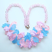 Funky MOD Vintage 1960s Plastic Bead Necklace Pink Blue Leaf Design
