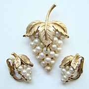 Vintage Crown Trifari Brooch Clip Earrings Set Faux Pearl Grape Cluster Signed