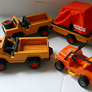 Vintage Fisher Adventure People Safari Jeeps 304 and 312