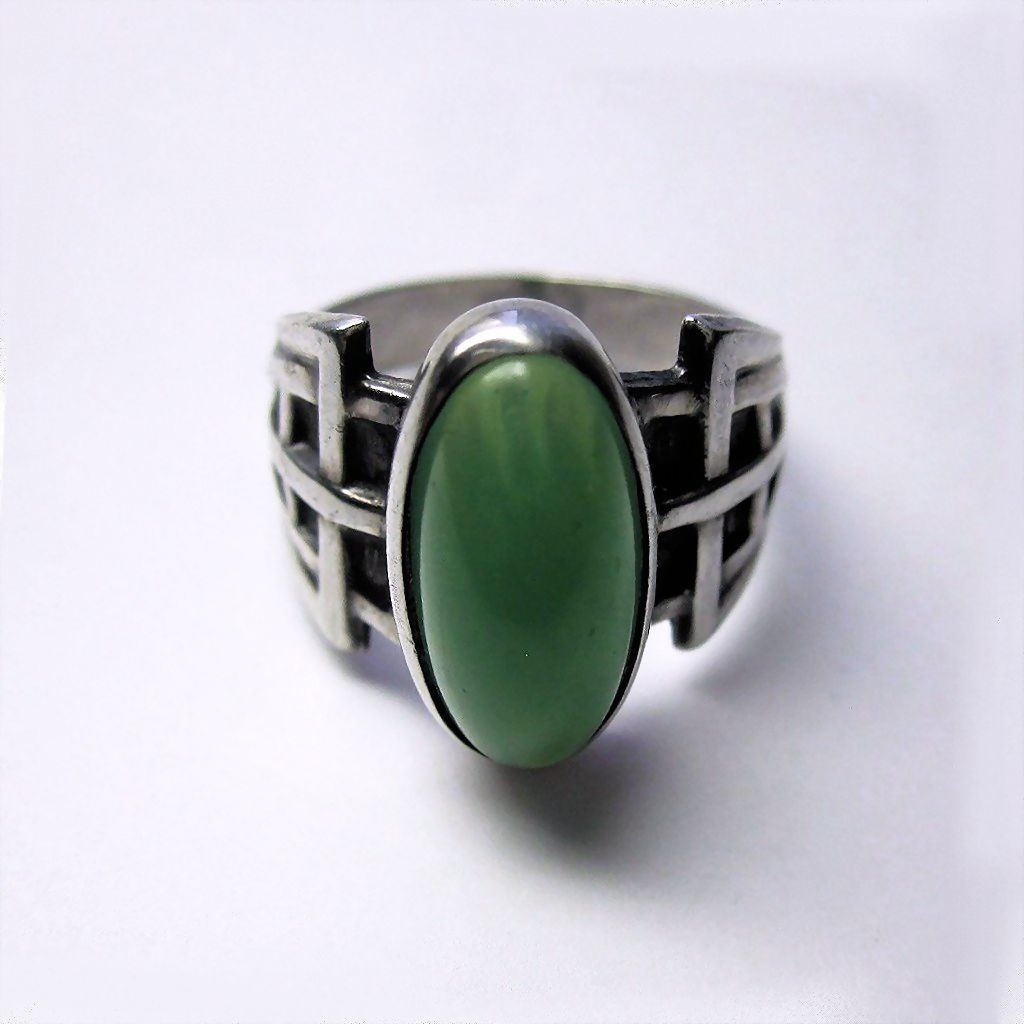 vintage deco sterling silver jade glass ring from