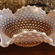 Vintage Fenton Pink Opalescent Flared Star Accent Bowl