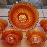 Fenton Carnival Stippled Ray Berry Bowl Set