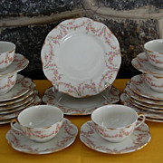 "Vintage Theodore Haviland ""Varenne"" China Dinnerware Pieces"