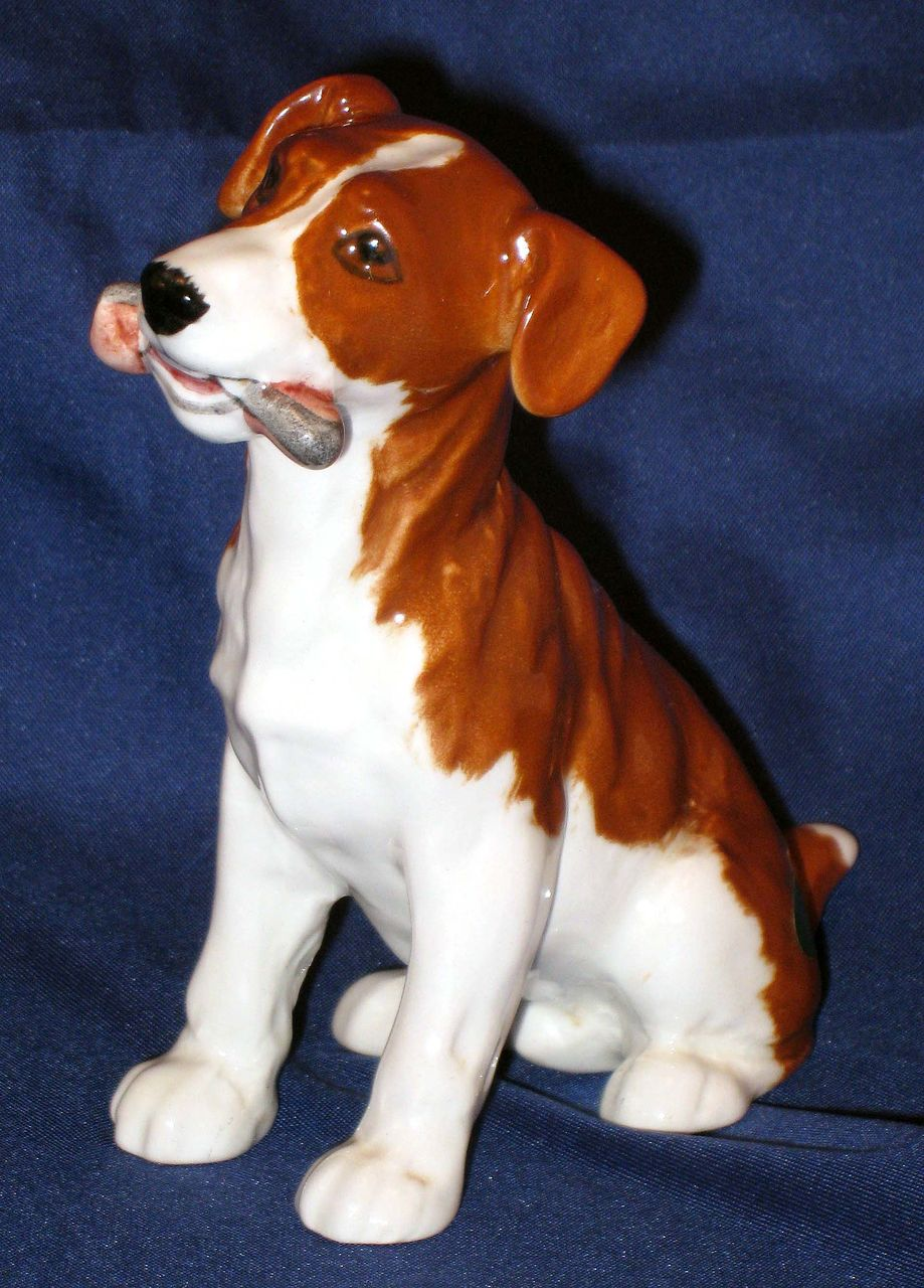 Beswick puppy dog figurine - gnawing  - Playful Puppies series