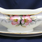 Noritake Azalea gravy boat with attached under plate