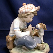 "Lladro ""I hope she does...."" Figurine # 5450 - daisy petals - she loves me, she love"
