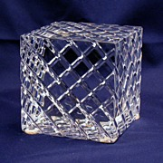 Baccarat Paperweight - geometric cube - beautiful sparkle