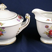 Wentworth Florita Creamer and Sugar with lid - pretty floral pattern