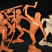 Marx 6 inch Indians cowboy war club spear knife gunslinger action figures - 1964