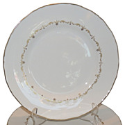 Set of 6 Royal Worcester Porcelain Gold Chantilly Plates