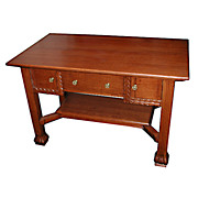 Oak Mission Desk with 3 Drawers and Nice Style c. 1910