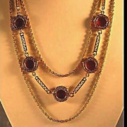SALE Gorgeous Gold-Tone Necklace with Lipstick Red Disks