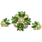 SALE DeLizza & Elster (Juliana) Green Aurora Borealis Rhinestone Brooch Pendant Earrings Set