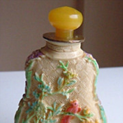 Vintage Carved Floral & Bird Decor Snuff Bottle