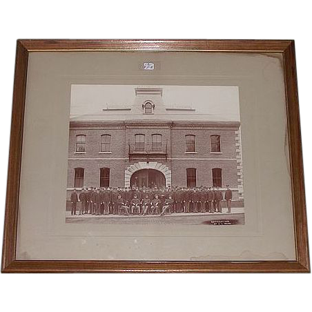 "Span-Am Period Armory Group Photo of Artillery Co. ""F"" 1st Regiment M. M. Photo marked : Copyright 1898 by A.L. Ward !"