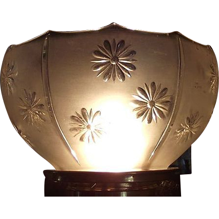 "Near Mint Embossed ""Daisy Panels"" Pattern Glass Shade !!! Ca. 1900."