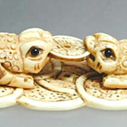 "Antique Chinese 3-Legged Fortune Money Frogs holding ""Coin"""