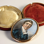 Antique Georgian Portrait Miniature in Oyster Locket Frame and Leather Case, Etui - a Gentlema