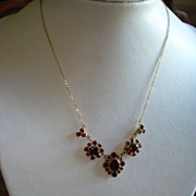 SALE Vintage 9kt Yellow Gold Bohemian Rhodolite Garnet necklace
