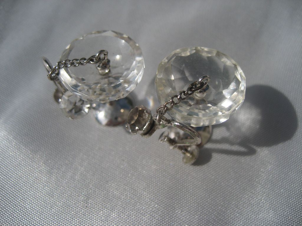 Vintage Art Deco Champagne Faceted Clear Glass and Rhinestone Dangle Earrings