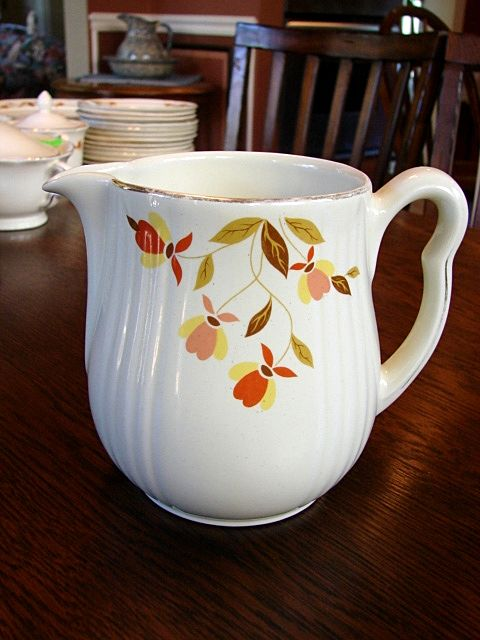Hall's China Jewel Tea Autumn Leaf Rayed Milk Cream Pitcher Jug Free Shipping