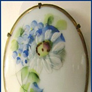 Hand Painted Victorian Porcelain Brooch Pansies & Daisy