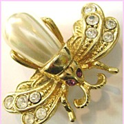 Roman Rhinestone and Faux Pearl Wasp Pin Brooch