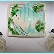 Retro Carved Plastic Tropical Fish Brooch & Earrings