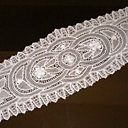Vintage White Tape Lace Runner