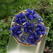 SALE Beautiful Blue Glass Three Dimensional Floral Set, Forget-Me-Nots!