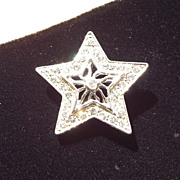 SALE Vintage AMERICANA Star Pin, Lovely Mid Century Treasure!