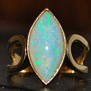 14K Australian Opal (7ct) Ring -1960's