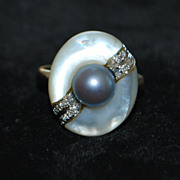 14K Mother-of-Pearl, Diamond ,Gray Pearl Ring, 1970's
