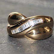 18K Diamond Crossover Cocktail Ring