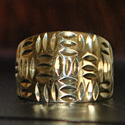 14k Diamond Cut Gold Cigar Band Ring
