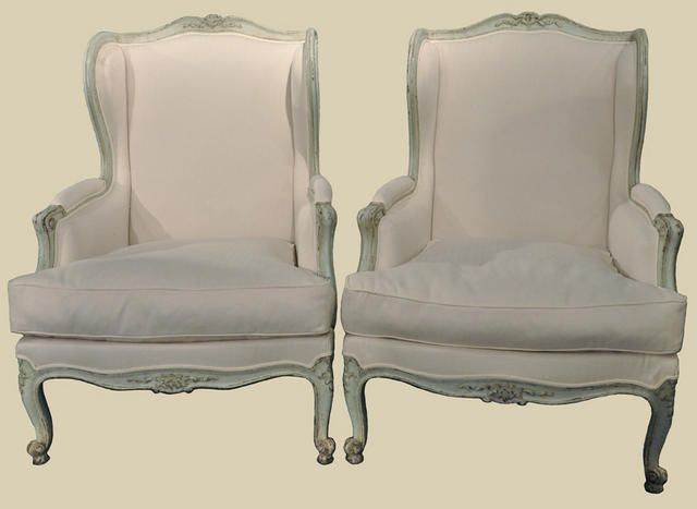 Elegant Pair of French Painted Bergeres