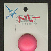 La Mode Pink Plastic Buttons on Original Card