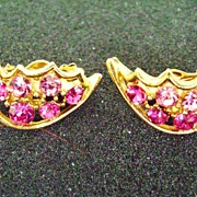 VINTAGE Multi-Shade Pink Rhinestone Gold Tone Clip Earrings